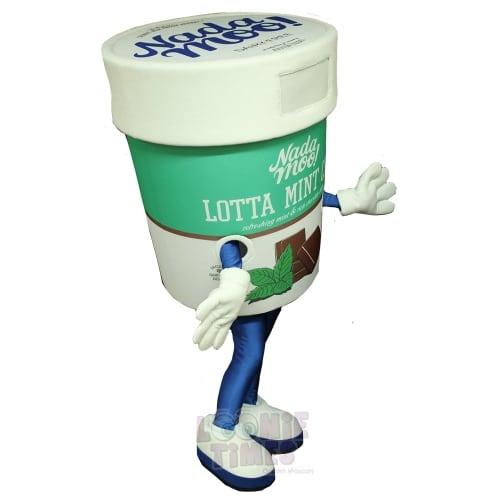 Nadaa-Moo-Ice-Cream-Mascot